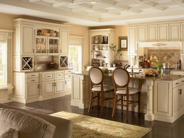 Красивая бежевая кухня фото