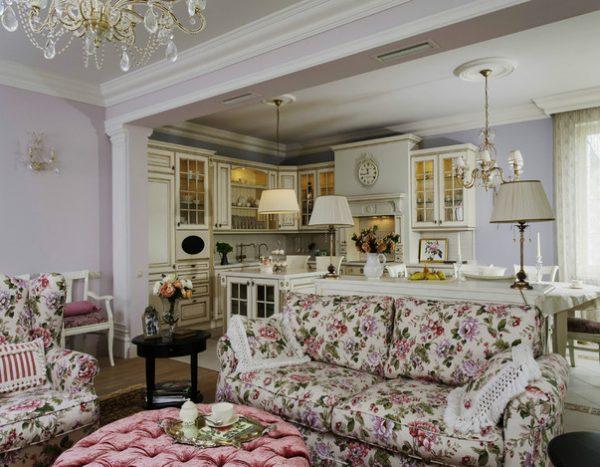 Цветочный рисунок в гостиной в стиле прованс