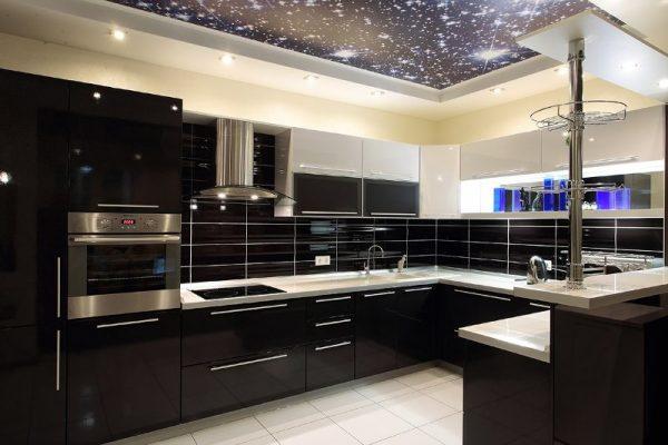 Чёрная кухня фото
