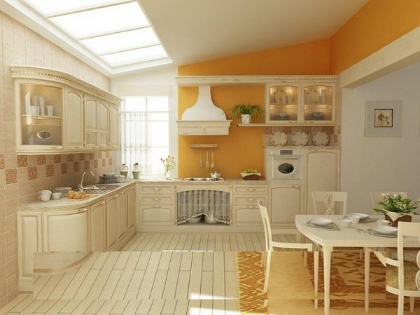Жёлтый с бежевым в интерьере кухни