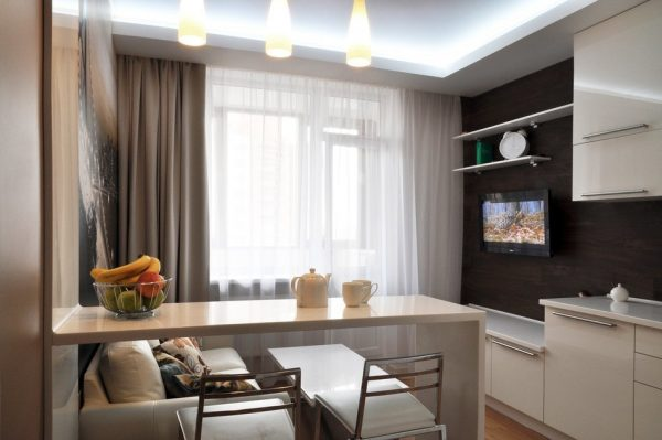 Небольшая комната-кухня