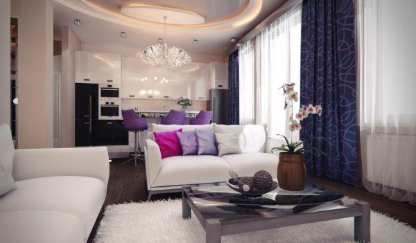 Фиолетовые шторы в кухне-гостиной