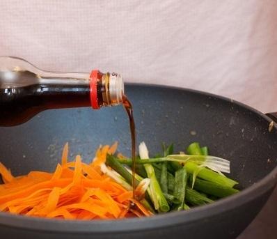 Скумбрия с морковью и луком - пошаговый рецепт с фото