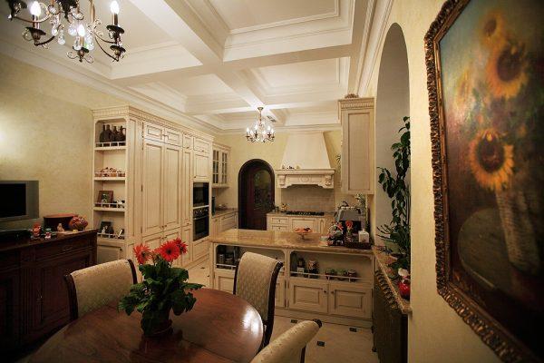 Прованс стиль в кухне-гостиной